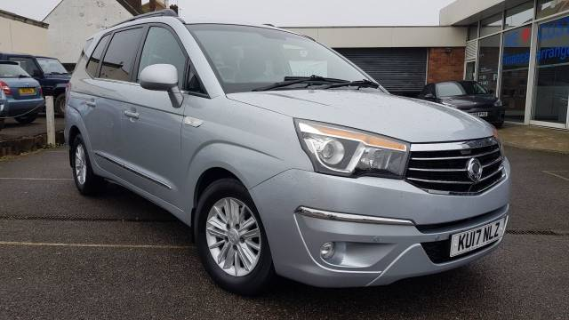 SsangYong Turismo 2.2 EX 5dr Tip Auto MPV Diesel Silver at SsangYong GB Luton