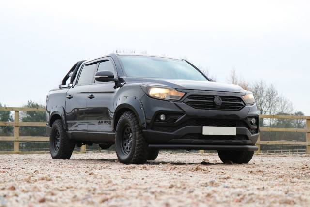 SsangYong Musso 2.2 Seeker Musso Wide arch Edition Double Cab Pick Up 4dr AWD Pick Up Diesel Black at SsangYong GB Luton