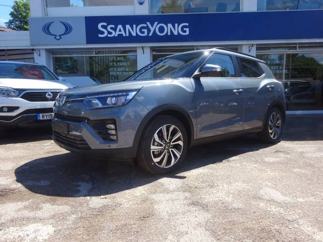SsangYong Tivoli 1.5 Ultimate  Auto - H/LEATHER - NAV - BLUETOOTH - Four Wheel Drive Petrol Grey at SsangYong GB Swindon