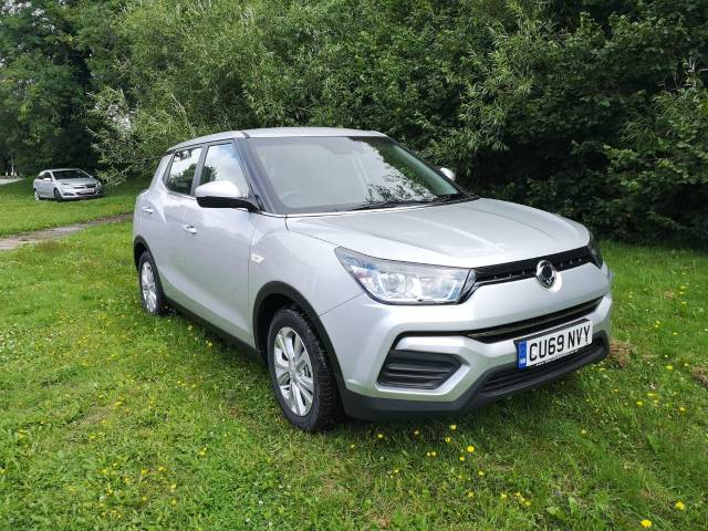 SsangYong Tivoli 1.6 EX 5dr Hatchback Petrol Silver at SsangYong GB Swindon