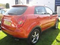 SsangYong Korando 2.0 149 LE Estate Diesel Red
