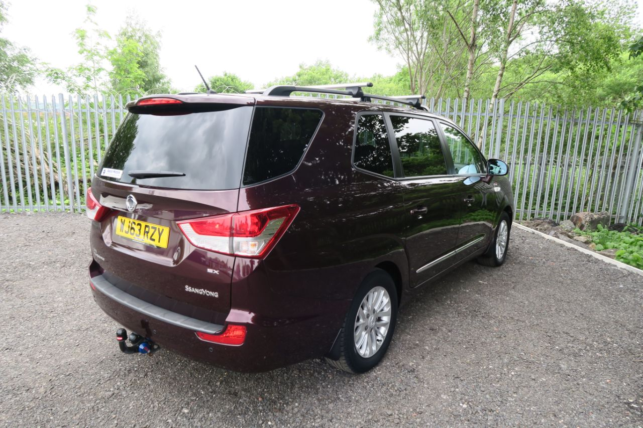 SsangYong Turismo 2.0 EX 5dr Tip Auto 4WD MPV Diesel Wine Black