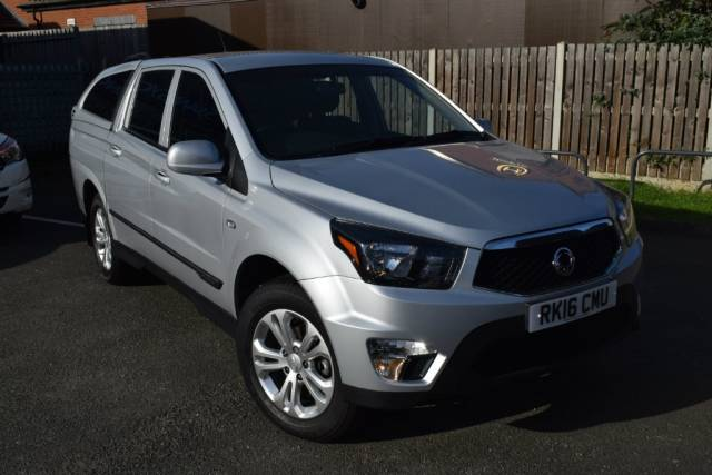 SsangYong Korando Sports 2.2 TD EX Double Cab Pickup 4dr Pickup Diesel Silver at SsangYong GB Luton