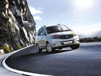 SsangYong Turismo MPV goes on sale - big car, small price, 5 year limitless mileage warranty
