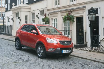 Melinda Messenger, Tommy Walsh, Alex James, David Pipe and The Sun review the SsangYong range