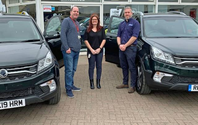 FRASERS OF FALKIRK DELIVERS 4X4S TO ASSIST WITH IMPORTANT COMMUNITY PROJECTS
