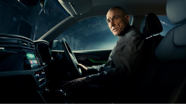 """STRAIGHT-TALKING"" ACTOR VINNIE JONES SHOWCASES THE ALL-NEW SSANGYONG KORANDO"