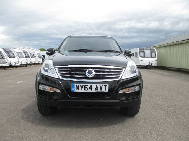 SsangYong Rexton W 2.0 EX 5dr Estate Diesel Black at SsangYong GB Luton