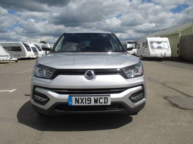 SsangYong Tivoli 1.6 Ultimate 5dr Hatchback Petrol Silver at SsangYong GB Luton