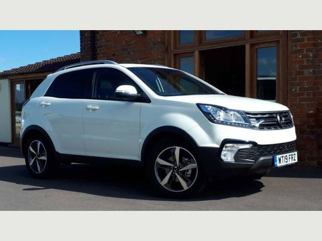 SsangYong Korando 2.2 KORANDO ULTIMATE TD 4X4 A Estate Diesel White at SsangYong GB Luton