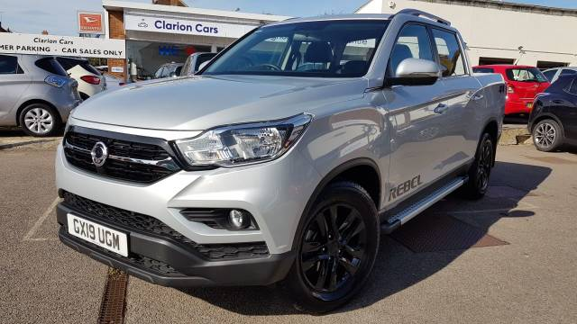 SsangYong Musso 2.2 Double Cab Pick Up Rebel 4dr Auto AWD Pick Up Diesel Silver at SsangYong GB Luton
