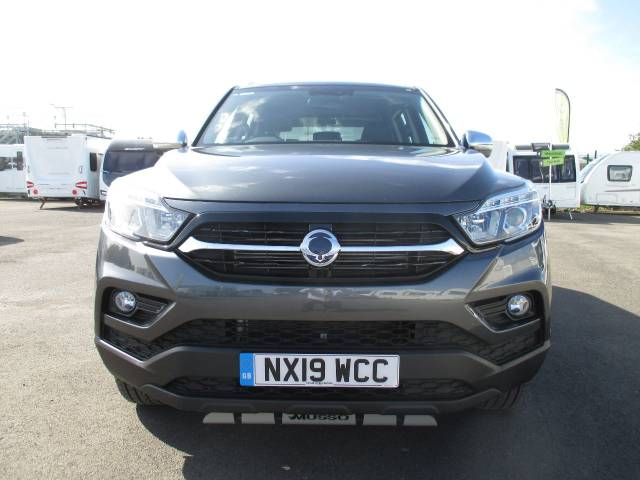 SsangYong Musso 2.2 Double Cab Pick Up Saracen 4dr Auto AWD Pick Up Diesel Grey at SsangYong GB Luton