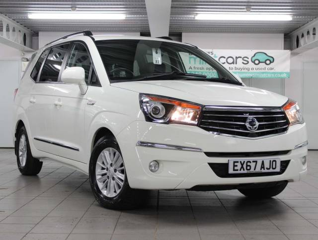 SsangYong Turismo 2.2D EX 5dr MPV Diesel White at SsangYong GB Luton